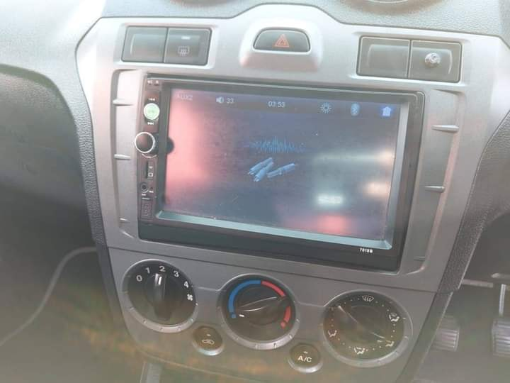 2011 Ford Figo Ambiente 1.4 full